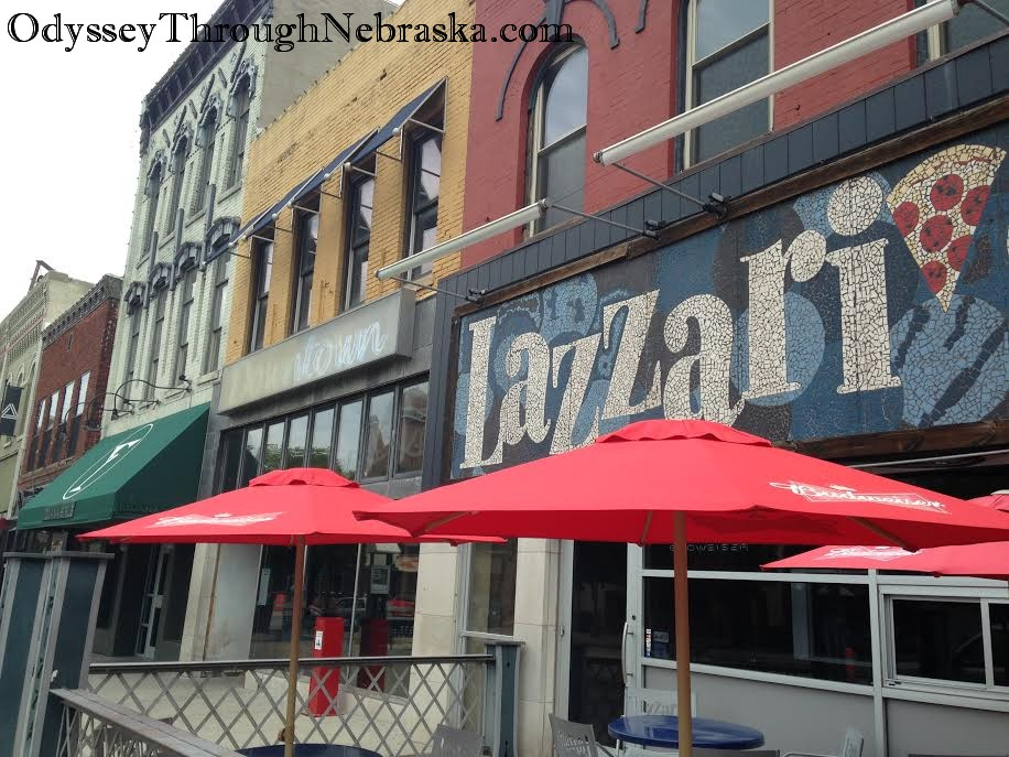 Lazzari's Outdoor Dining
